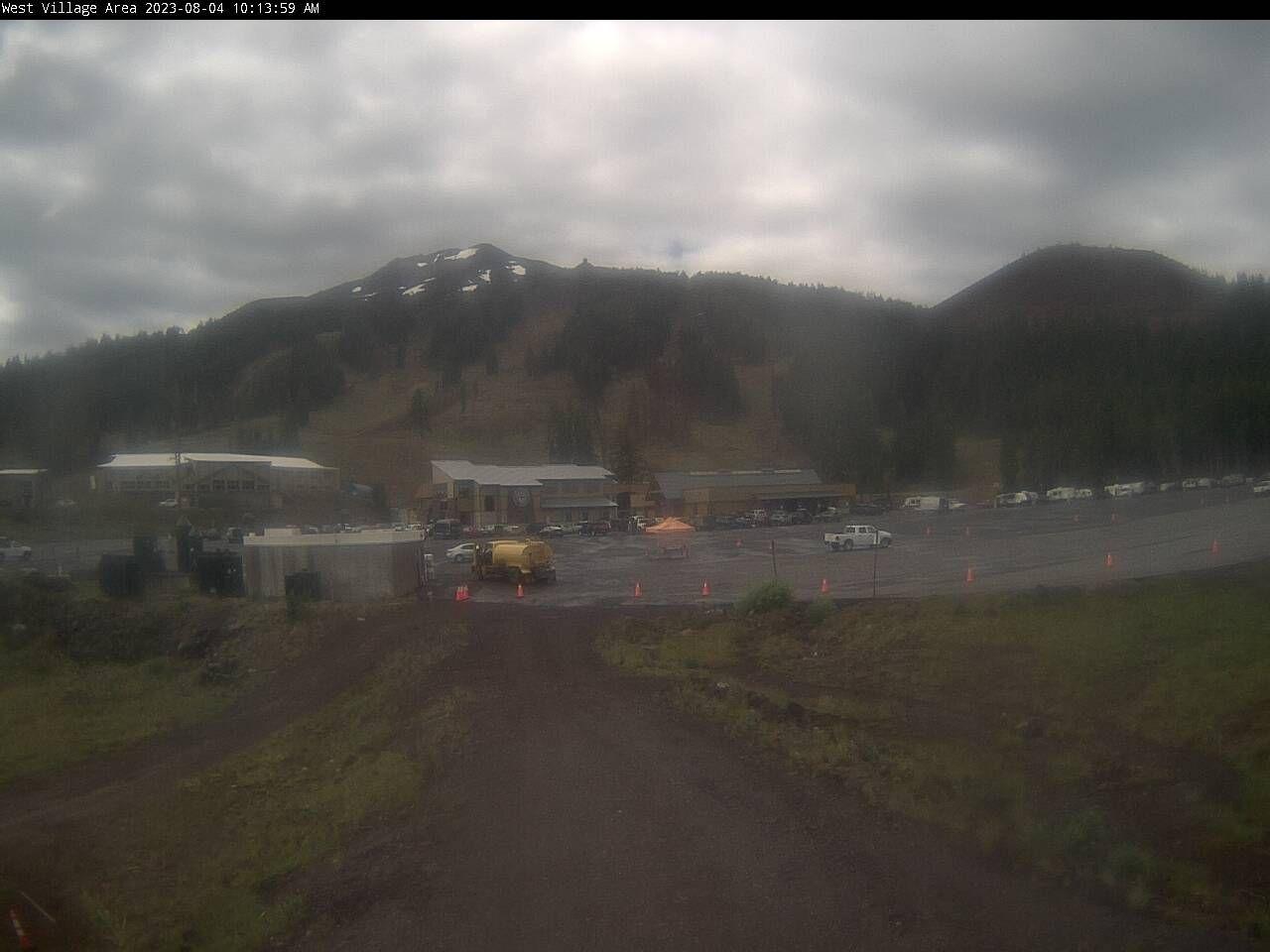 Mt. Bachelor – West Village Base webcam image